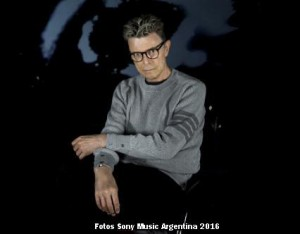 David Bowie (Foto Sony Music Argentina 001)