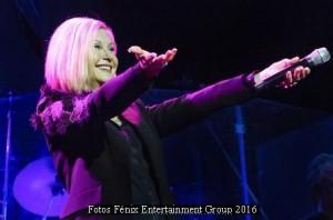 Olivia Newton John (Gran Rex 08 03 16 - Foto Fenix Entertainment 001)