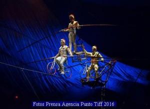 Cirque Du Soleil (Kooza - Agencia Punto Tiff A 005)