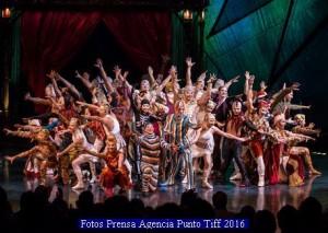 Cirque Du Soleil (Kooza - Agencia Punto Tiff A 006)