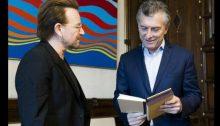 Mauricio Macri y Bono (Foto Prensa Presidencia de la Naciòn A000)