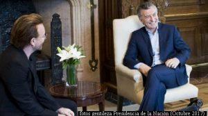 Mauricio Macri y Bono (Foto Prensa Presidencia de la Naciòn A002)