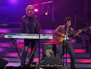 Hall And Oates (H&O Official Website - March 2019 A009)