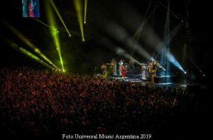 Mon Laferte (Luna Park - Foto gentileza Universal Music Arg - A003)