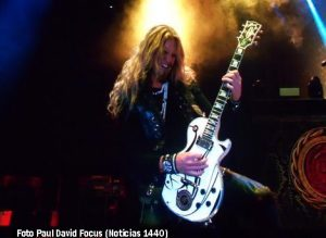 Grupo Whitesnake (EHA - Vie 04 10 19 - Paul Davis Focus A003)