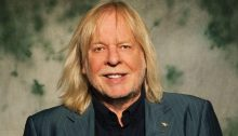 Rick Wakeman (Facebook Official Account A000)